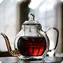 Черный чай       Крупнолистовой черный чай — это крупные листья, скрученные в тугую спиральку, с минимальными повреждениями. В момент заваривания листья разворачиваются, но природная структура сохраняется. Когда мастера скручивают листочки вручную, они могут ...