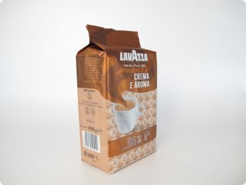 Кофе в зернах Lavazza Crema e Aroma (Лавацца Крема е Арома), 1 кг, вакуумная упаковка